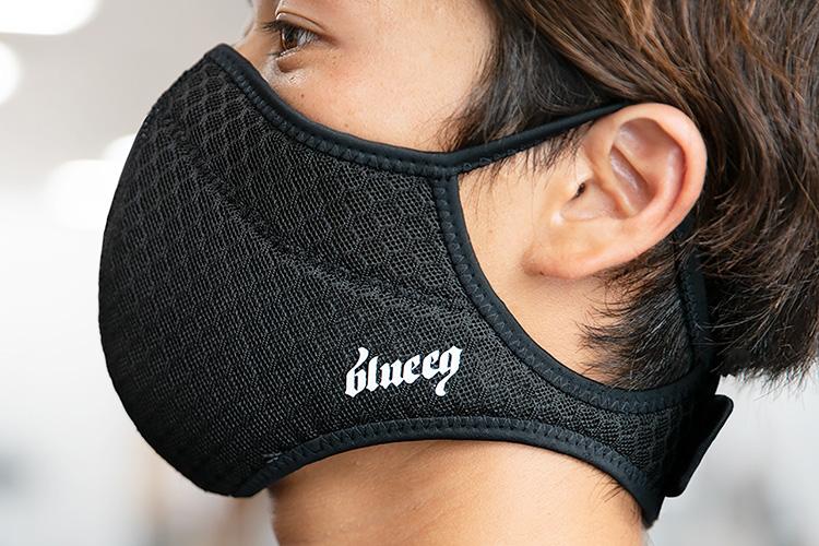 blueeq「アスリートフェイスマスク」 税込み価格:¥3,300、サイズ:S、M、L、XL